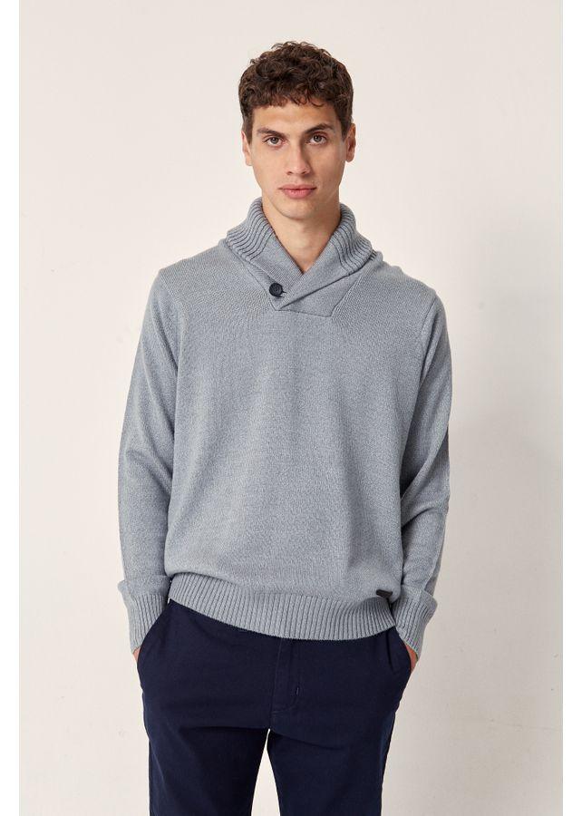 Sweater-Smoking
