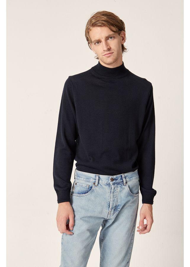 Sweater-Turtle